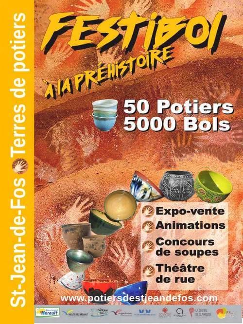 affiche présentant le festibol de saint jean de fos avec un fond couleur terre avec des traces de mains et des bols de toutes les couleurs